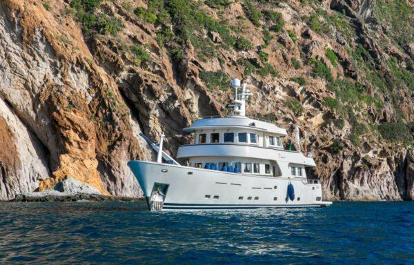 Terranova yacht 85